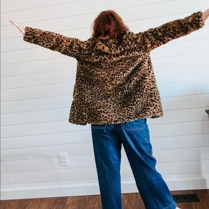 "Vintage Jackets & Coats - Leopard ""fur"" coat"